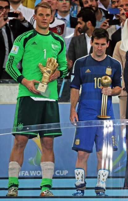 Manuel Neuer i Leo Messi /PAP/EPA/DIEGO AZUBEL /PAP/EPA