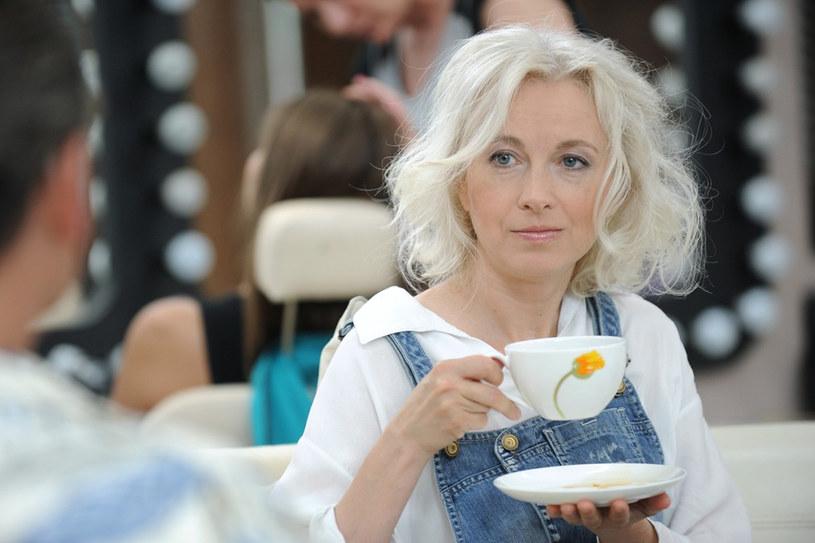 """Manuela Gretkowska nigdy nie ukrywała """"na siłę"""" naturalnej barwy swoich włosów /Bartosz Krupa /East News"""