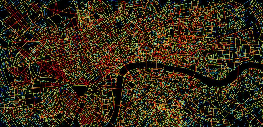 Mapa Londynu, pokazująca poziom komplikacji poszczególnych skrzyżowań (na czerwono - największy) /Joao Pinelo Silva /materiały prasowe