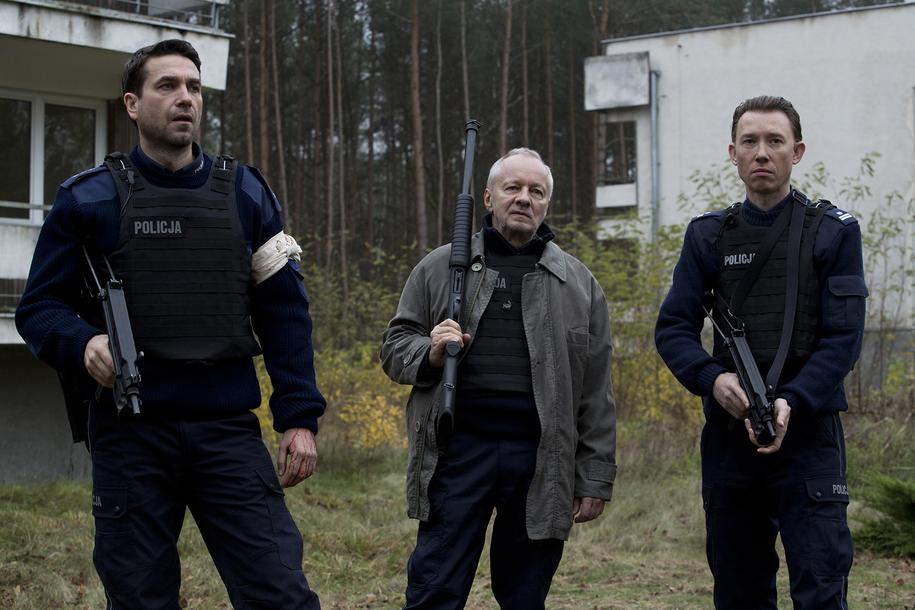 Marcin Dorociński, Krzysztof Stroiński i Rafał Mohr na planie / fot. Krzysztof Wiktor, Copyright ©Ent One Investments /