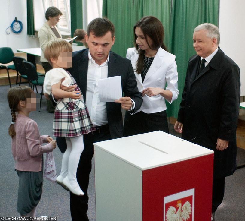 Marcin Dubieniecki nie widział córek od miesięcy /Lech Gawuc /Reporter