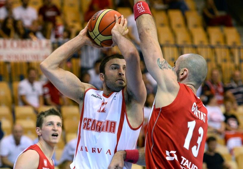 Marcin Gortat i jego koledzy z reprezentacji zawiedli w meczu z Gruzją /AFP