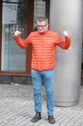 Marcin Meller pozuje fotoreporterom!