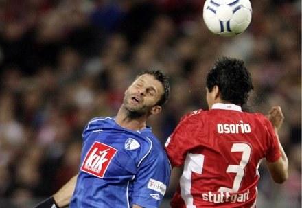 Marcin Mięciel (z lewej) nie może doczekać się meczu z Bayernem /AFP