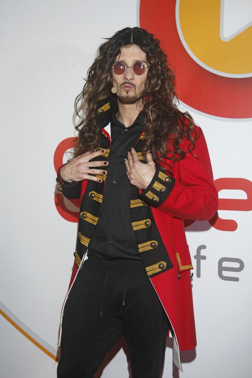 Marcin Szczurkiewicz (Kabaret Skeczów Męczących) jako Michał Szpak /Krzemiński Jordan /AKPA