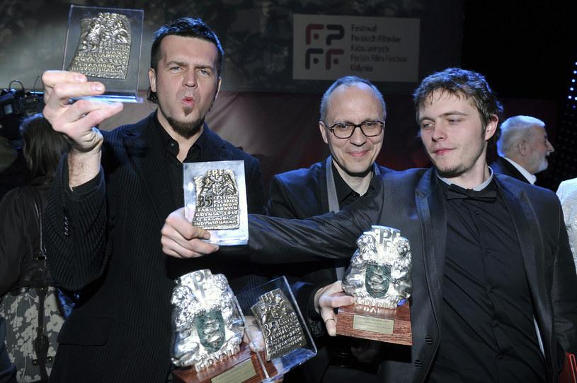 Marcin Wrona ze Srebrnymi Lwami zdobytymi na Festiwalu Polskich Filmów Fabularnych w Gdyni w 2010 roku /Jacek Kurnikowski /AKPA