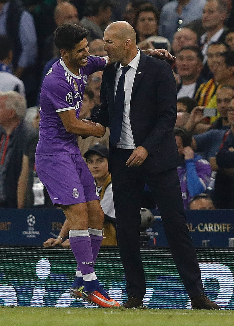Marco Asensio i Zinedine Zidane /AFP