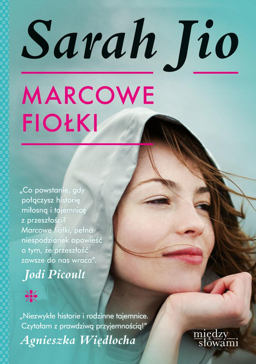 Marcowe fiołki /Styl.pl/materiały prasowe
