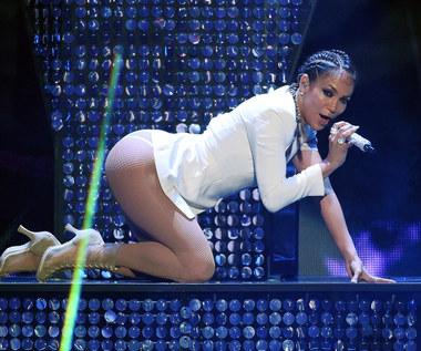 """Mariah Carey i Jennifer Lopez na okładce """"Paper"""". Internauci komentują"""