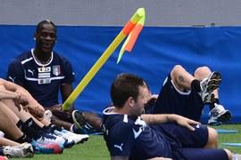 Mario Balotelli podczas treningu reprezentacji Włoch