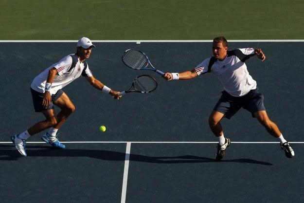 Mariusz Fyrstenberg i Marcin Matkowski nieźle radzili sobie na turnieju w Wiedniu /AFP