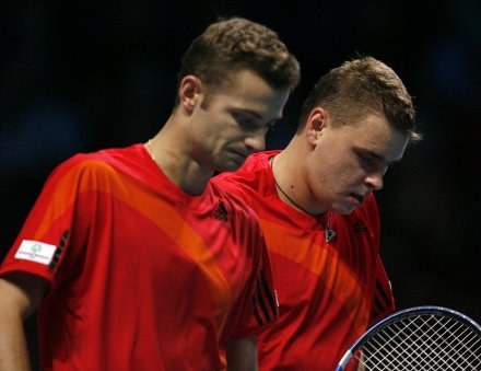 Mariusz Fyrstenberg (z lewej) i Marcin Matkowski. /AFP