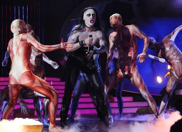 """Mariusz Totoszko jako Marilyn Manson w """"Twoja twarz brzmi znajomo"""" /Polsat"""