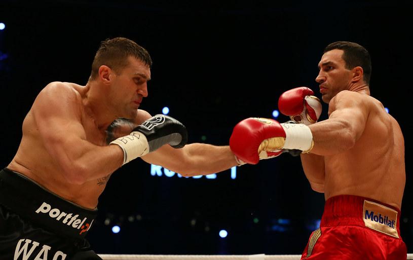 Mariusz Wach (z lewej) w walce z Władimirem Kliczką /Martin Rose /Getty Images