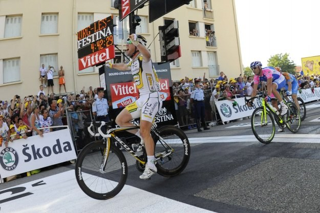 Mark Cavendish mija metę 11. etapu Tour de France /AFP