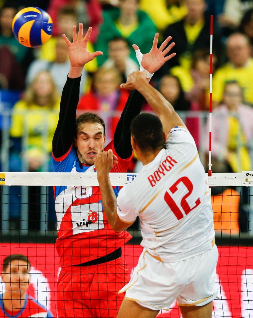 Marko Ivović podczas meczu z Francją w Final Six Ligi Światowej /www.fivb.org