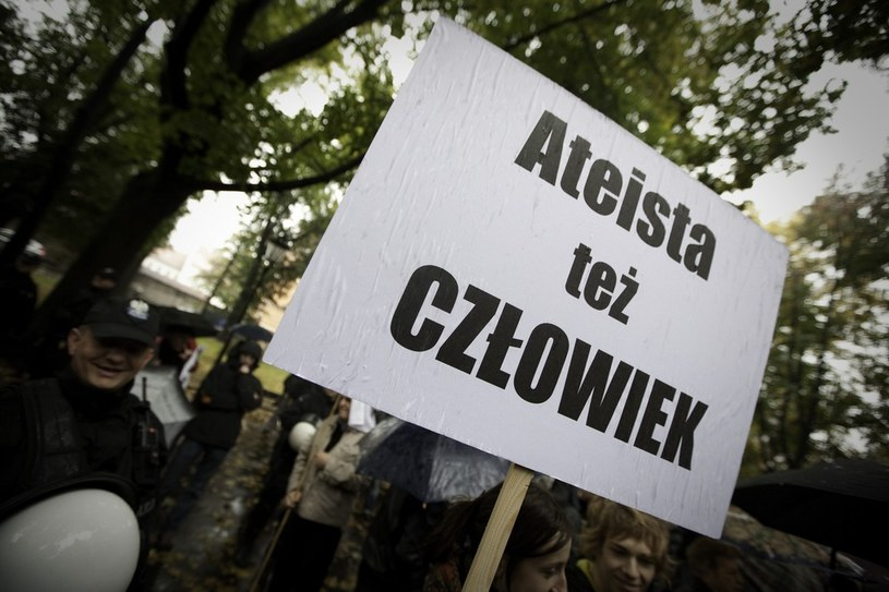 Marsz Ateistow i Agnostyków w Krakowie (2009 r.) /Stanisław Mieszko /Reporter