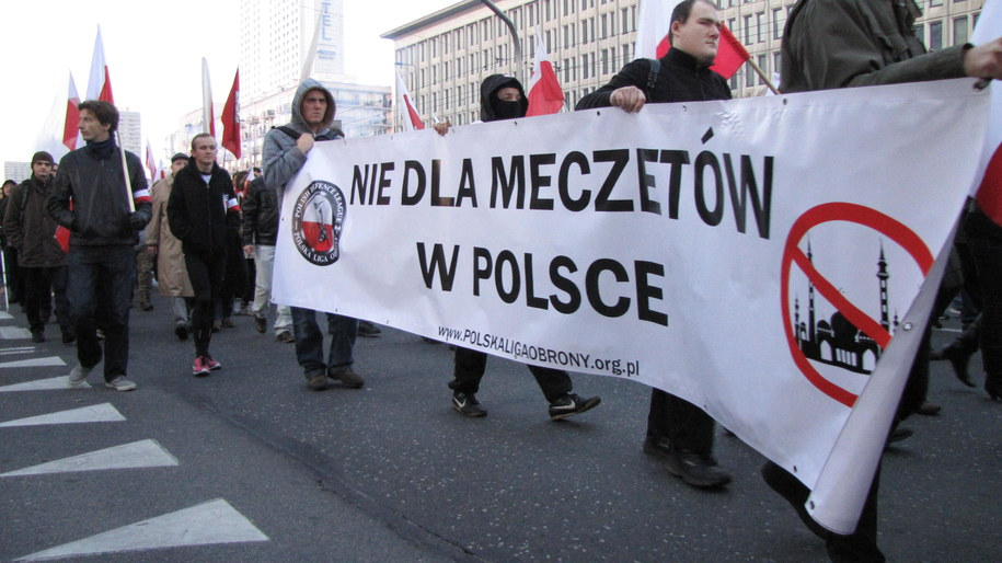 """Marsz organizowany jest przez Stowarzyszenie """"Marsz Niepodległości"""" /Michał Dukaczewski /RMF FM"""