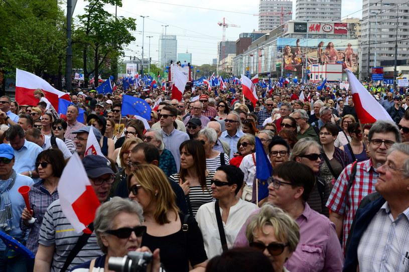 """""""Marsz Wolności"""" w Warszawie /Jakub Kamiński   /PAP"""