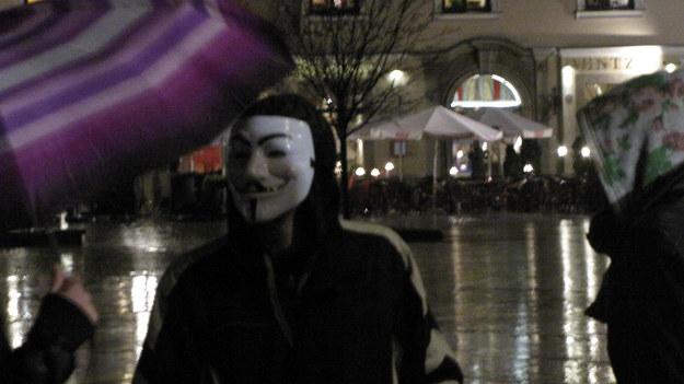Marsze niezadowolonych. Protestują przeciwko władzy i korupcji