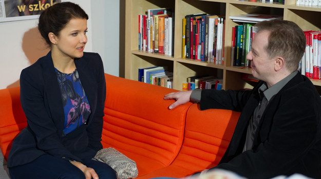 Marta będzie zaskoczona przebiegiem rozmowy z nowym pracodawcą. /x-news/ Radek Orzeł /TVN