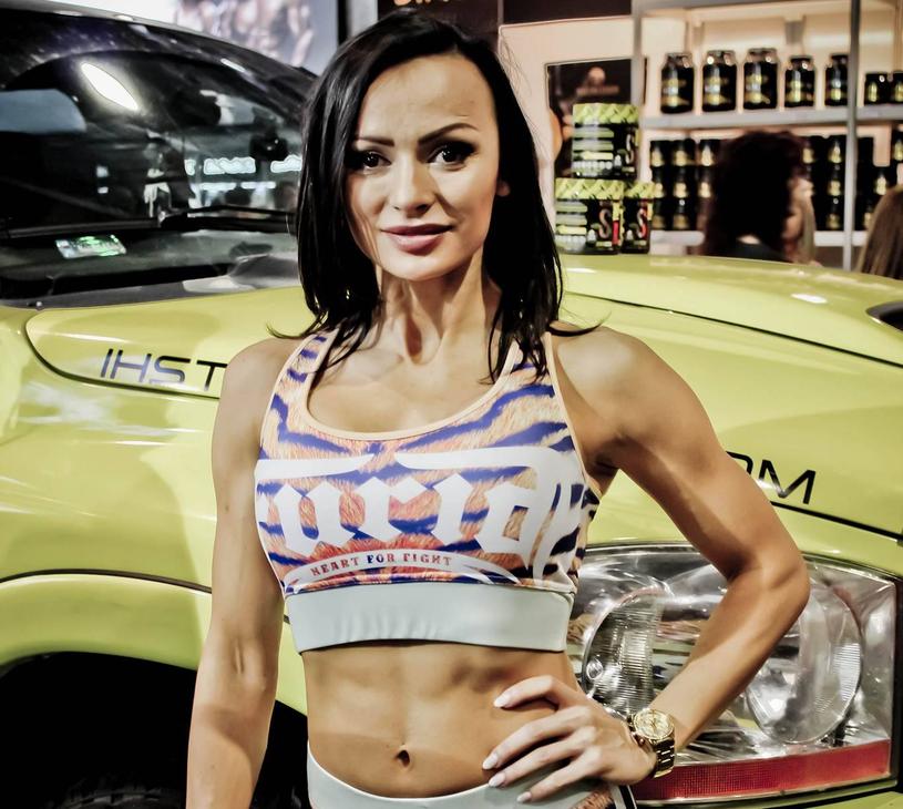 Marta Hordyjewska-Pszona, zawodniczka IFBB Bikini Fitness, wielokrotna medalistka m. innymi Mistrzostw Polski IFBB, członek Kadry Narodowej 2015, https://www.instagram.com/martahordyjewska/?hl=pl /materiały promocyjne