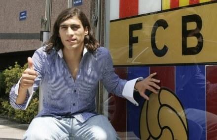 Martin Caceres po 14 miesiącach od przyjścia do Barcy przeniósł się do Juve /AFP