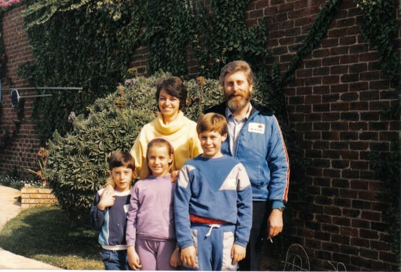 Martin z rodziną przed chorobą w 1987 roku /materiały prasowe