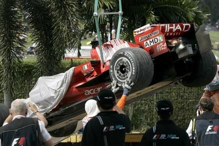 Massa tak kończy w tym sezonie / Kliknij /AFP