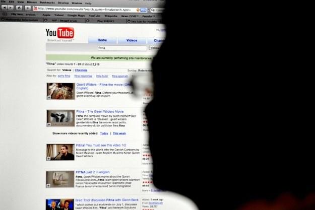 Materiały TVP będzie można w pełni legalnie oglądać w serwisie YouTube /AFP
