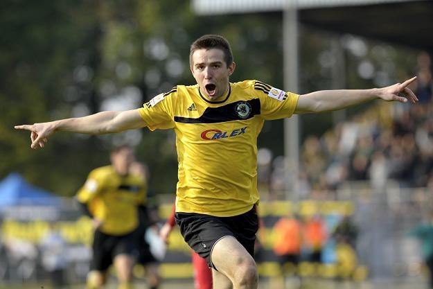 Mateusz Toporkiewicz zdobył zwycięskiego gola/fot. Adam Warżawa /PAP