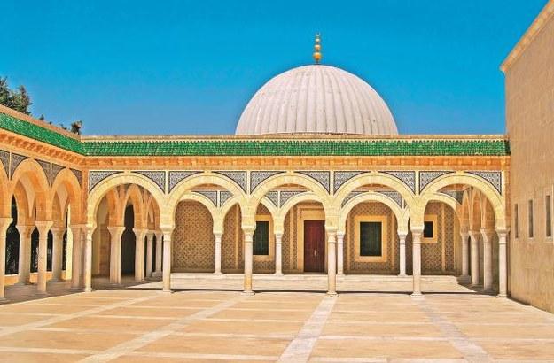 Mauzoleum w Monastyrze jest miejscem spoczynku pierwszego prezydenta Tunezji Habiba Burgiby (zmarłego w 2000 r.), jego rodziców oraz żony. /123/RF PICSEL
