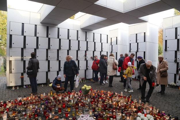 """Mauzoleum Wyklętych - Niezłomnych w kwaterze """"L"""" na Powązkach /Joanna Borowska /Agencja FORUM"""