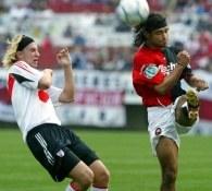 Maximilian Lopez (z lewej) będzie nowym nabytkiem Barcy? /AFP