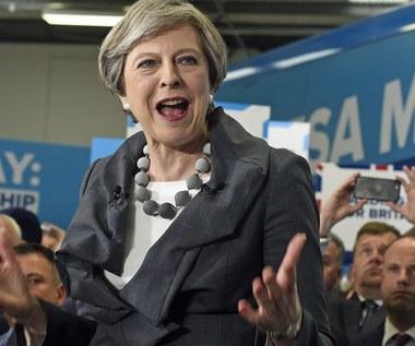 May chce zaostrzyć prawo wobec terrorystów. Opozycja: Cyniczną próba reanimacji kulejącej kampanii