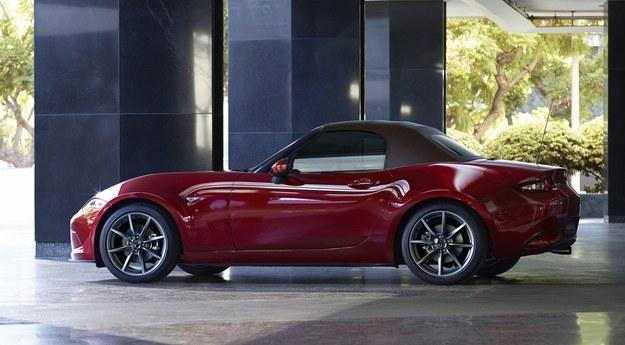 Mazda MX-5 /Mazda