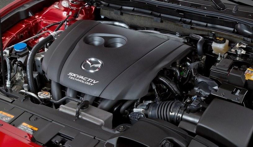 Mazda od kilku już lat stosuje w swoich modelach silniki z rodziny SkyActive z wysokim stopniem sprężania. Teraz idą o krok dalej /