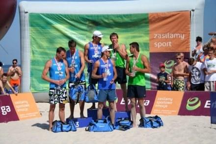 Medaliści mistrzostw Polski w siatkówce plażowej /Informacja prasowa