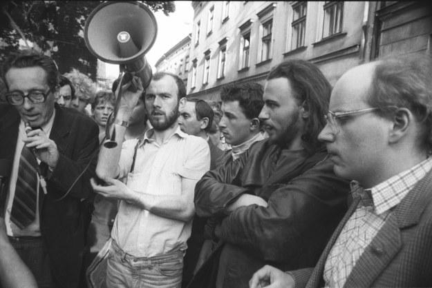 Mediacja Krzysztofa Kozłowskiego i Jana Marii Rokity nie wystarczyła do zakończenia protestów /Andrzej Stawiarski /Archiwum autora