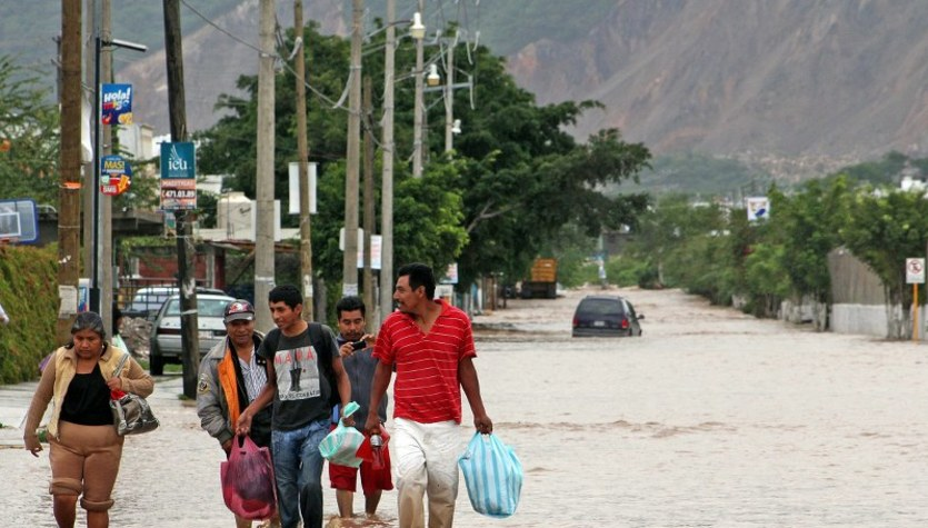 Meksyk walczy z żywiołami