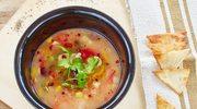 Meksykańska zupa z kukurydzianą tortillą