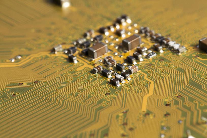 Memkomputery będą alternatywą dla komputerów kwantowych? /123RF/PICSEL