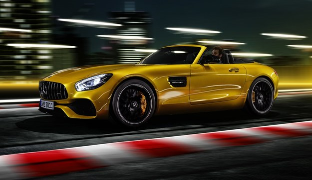 Mercedes-AMG GT S Roadster /Mercedes