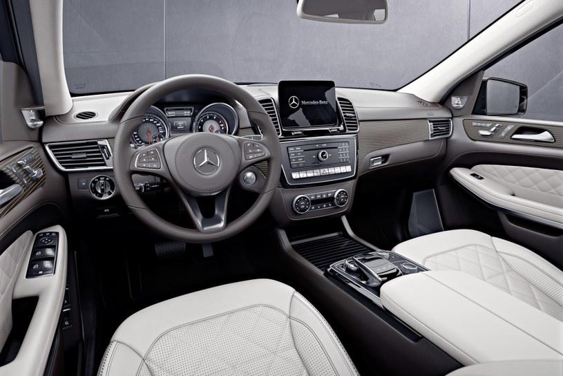 Mercedes GLS Grand Edition /