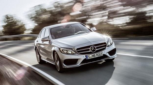 Mercedes klasy C (W205) pojawi się w salonach w marcu 2014 r. /Mercedes