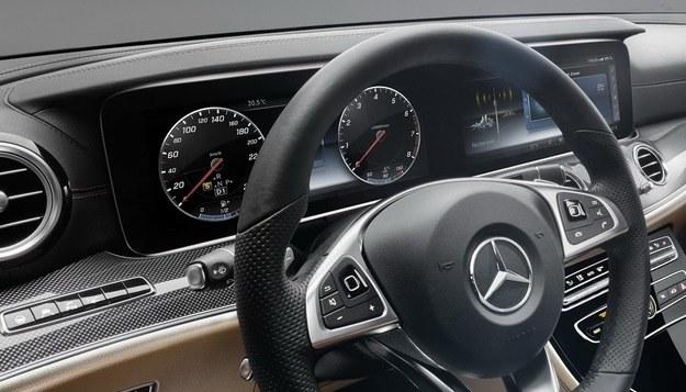 Mercedes klasy E /Mercedes