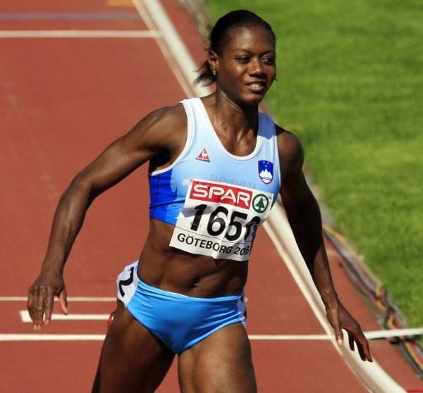 Merlene Ottey wciąż szybko biega /AFP