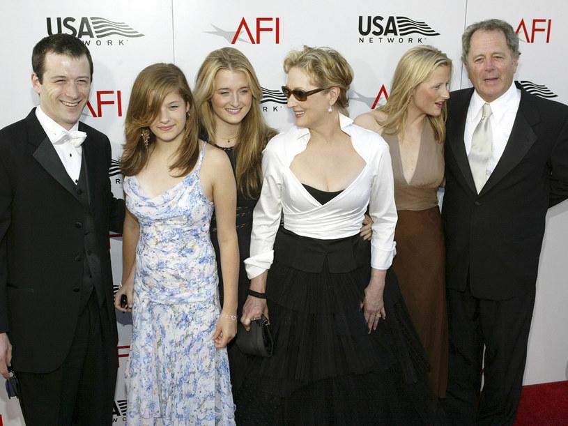 Meryl z dziećmi i mężem  /Getty Images/Flash Press Media