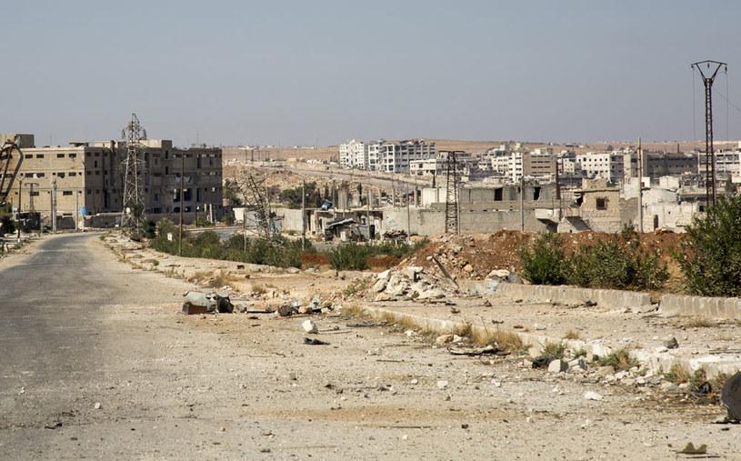 Miasto jest od trzech dni ostrzeliwane z moździerzy przez powiązany z Al-Kaidą Front Al-Nusra /AFP