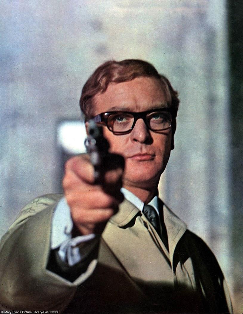"Michael Caine jako Harry Palmer w filmie ""Pogrzeb w Berlinie"" (1966) /Mary Evans Picture Library /East News"